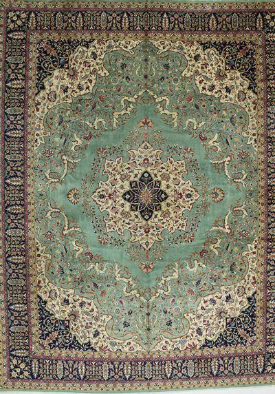 Green Sivas Rug #803 • 11′5″ x 14′6″ • 100% Wool