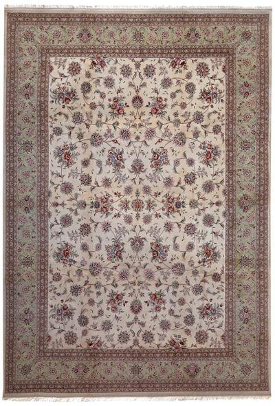 Off White Royal Rug #8777 • 9′11″ x 13′9″ • Wool on Silk