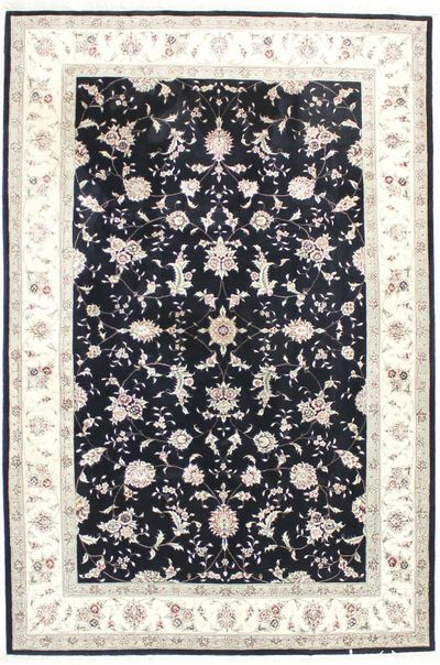Black Royal Flower Rug #1761 • 6′0″ x 9′1″ • 100% Wool