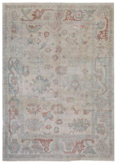 Off White Ushak Rug #694 • 9′4″ x 12′11″ • 100% Wool
