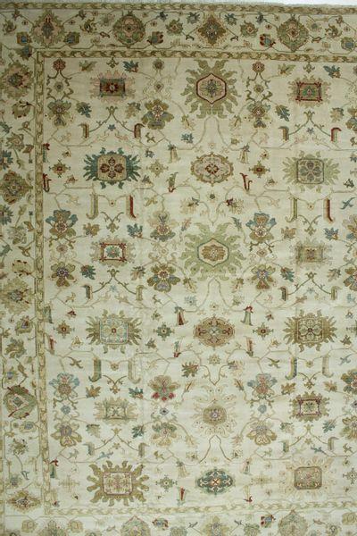 Ivory Karaman Rug #565 • 12′6″ x 16′2″ • 100% Wool