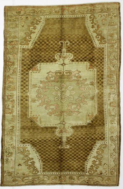 Brown Konya Rug #107 • 6′4″ x 9′8″ • 100% Wool