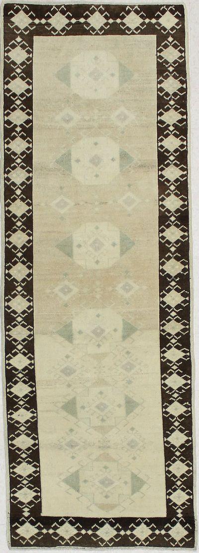 Off White Konya Rug #1857 • 2′11″ x 8′4″ • 100% Wool