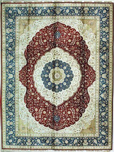 Red Cezaevi Rug #330 • 9′1″ x 12′2″ • 100% Silk