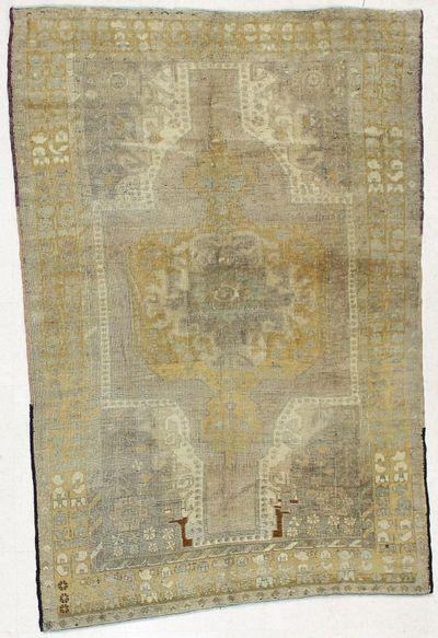Light Brown Konya Rug #1683 • 4′9″ x 7′3″ • 100% Wool