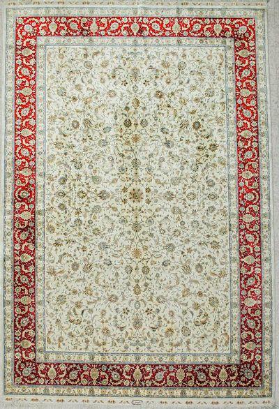 Ivory Cezaevi Rug #2651 • 6′10″ x 10′0″ • 100% Silk