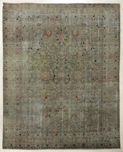 Green Kothan Rug #7724 • 8′0″ x 9′7″ • 100% Wool