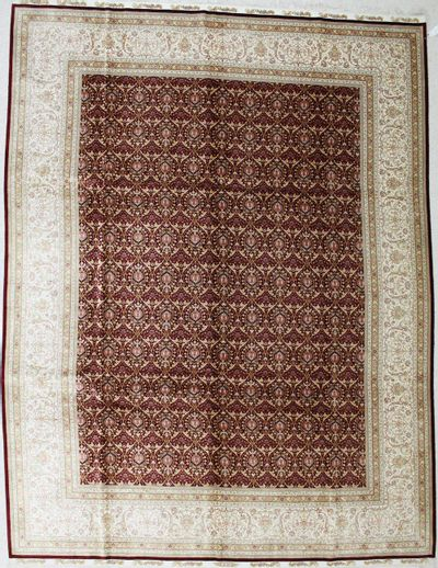 Red Cezaevi Rug #697 • 9′1″ x 12′0″ • 100% Silk