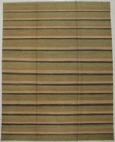 Multicolor Ushak Rug #8725 • 8′2″ x 9′11″ • Wool on Cotton