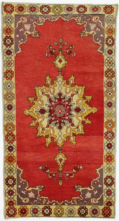Red Konya Rug #1009 • 4′7″ x 8′6″ • 100% Wool