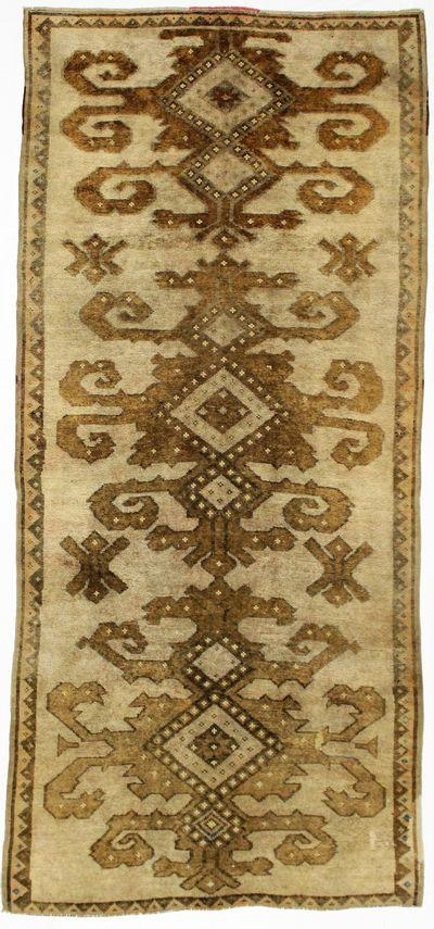 beige Konya Rug #778 • 4′10″ x 10′8″ • 100% Wool