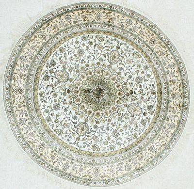 Ivory Spon Rug #1166 • 6′0″ x 6′0″ • Silk on Cotton