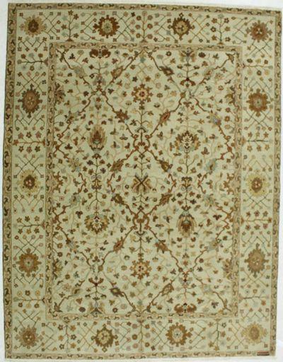 Ivory Gordes Rug #536 • 9′1″ x 11′8″ • 100% Wool