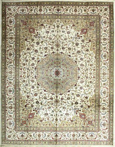 Ivory IMZALI Rug #2037 • 9′1″ x 11′8″ • 100% Silk
