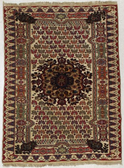 Ivory Musmani Rug #1667 • 4′3″ x 5′8″ • 100% Wool