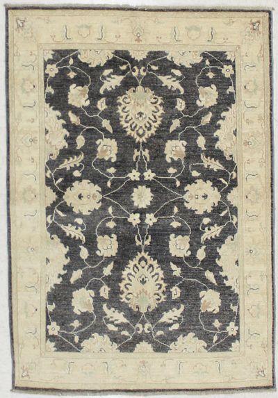 Gray Ushak Rug #6788 • 4′0″ x 5′9″ • 100% Wool
