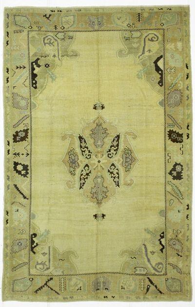 Ivory Konya Rug #103 • 6′0″ x 9′6″ • 100% Wool