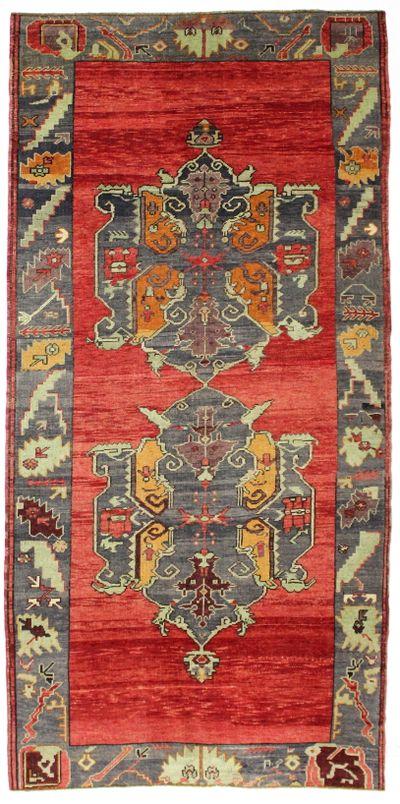 Red Konya Rug #8006 • 5′1″ x 10′3″ • 100% Wool
