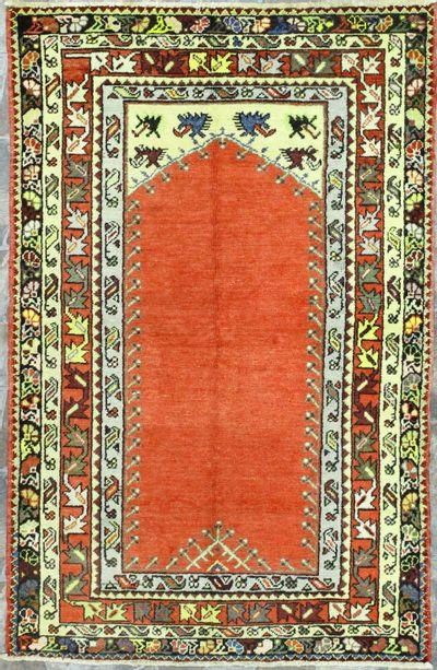 Red Konya Rug #1013 • 3′10″ x 5′11″ • 100% Wool