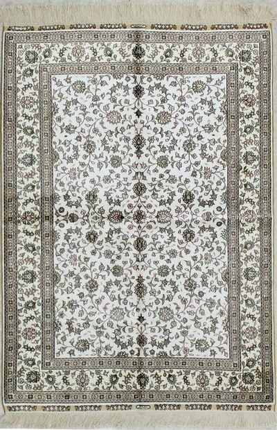 White Signed Silk Rug #1804 • 4′1″ x 5′8″ • 100% Silk