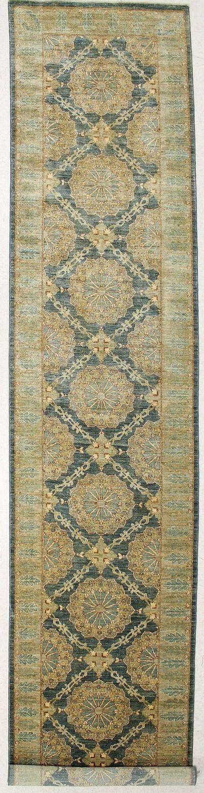 Gray Ushak Rug #7294 • 3′4″ x 16′3″ • Wool on Cotton