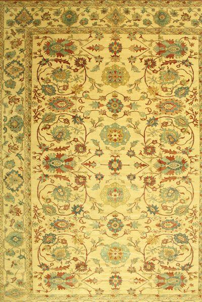 Ivory Karaman Rug #567 • 12′4″ x 16′11″ • 100% Wool