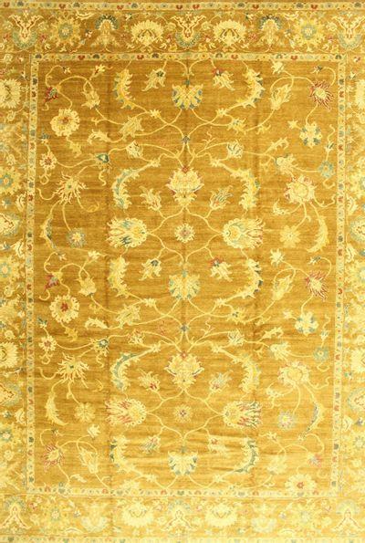 Brown Karaman Rug #557 • 11′10″ x 15′3″ • 100% Wool