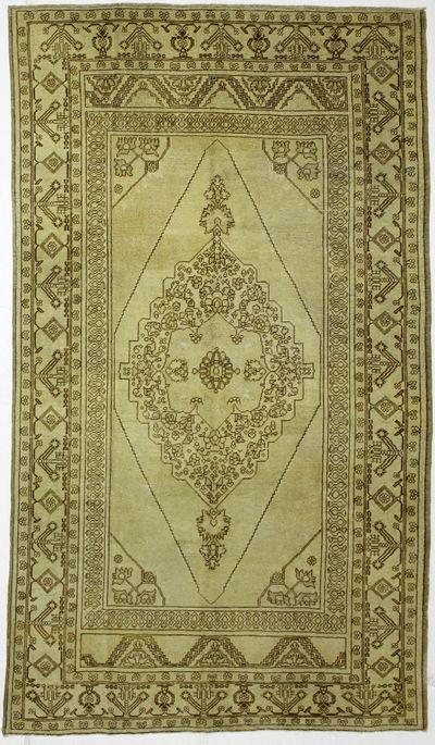 Ivory Konya Rug #2563 • 6′2″ x 10′11″ • 100% Wool
