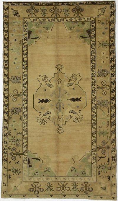 Ivory Konya Rug #68 • 4′9″ x 8′4″ • 100% Wool