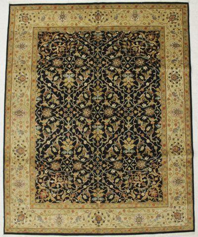 Black Ushak Rug #8383 • 7′10″ x 9′10″ • 100% Wool