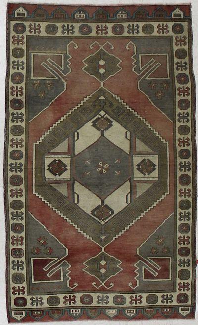 BURGUNDY Konya Rug #1535 • 3′7″ x 5′10″ • 100% Wool