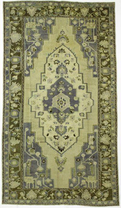 Ivory Konya Rug #8022 • 6′0″ x 10′7″ • 100% Wool