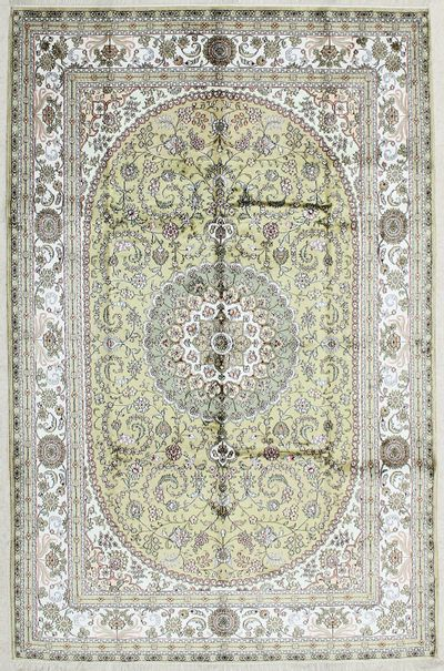 Light Green SUP-150 Rug #2295 • 5′11″ x 9′3″ • 100% Silk