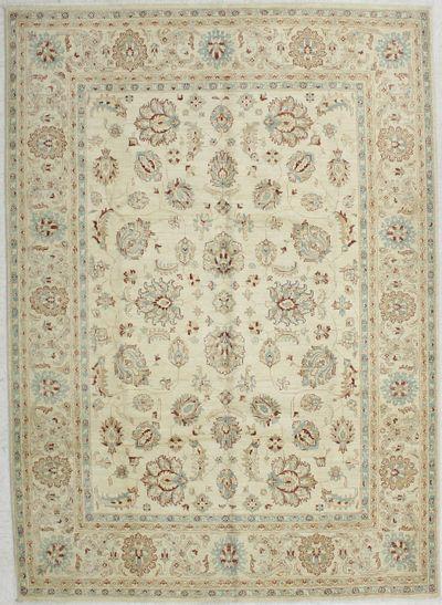 Light Blue Ushak Rug #1712 • 6′9″ x 9′5″ • 100% Wool