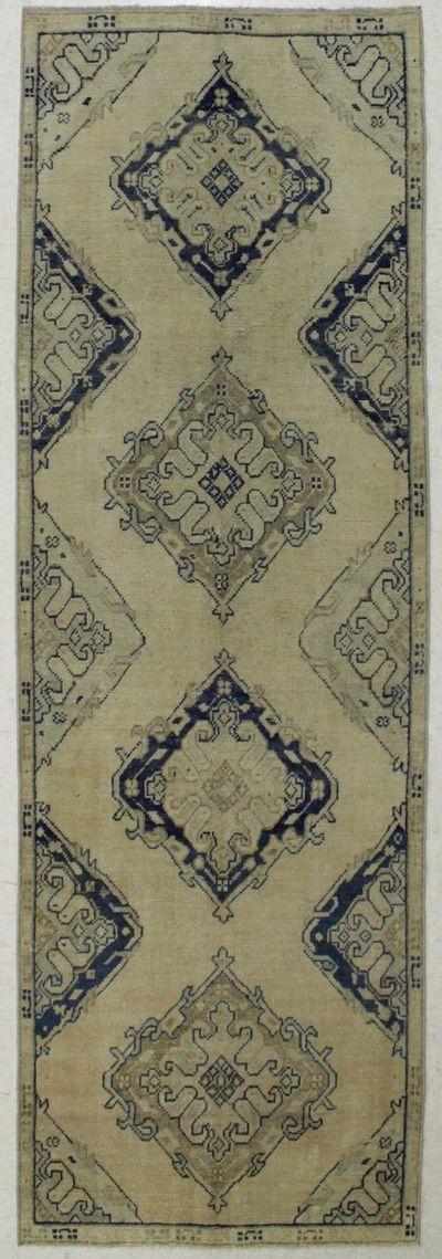 Ivory Konya Rug #7930 • 3′7″ x 11′0″ • 100% Wool