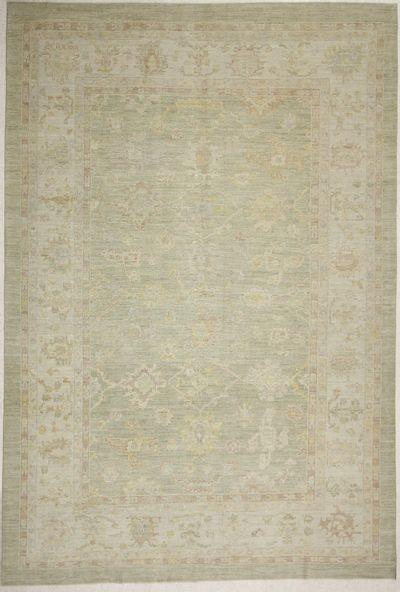 Light Green Ushak Rug #6611 • 9′6″ x 14′0″ • 100% Wool