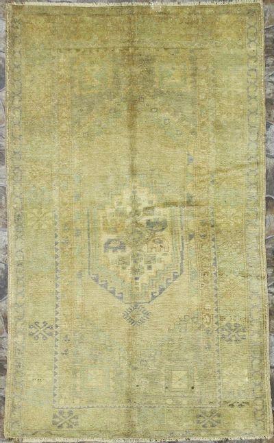 Ivory Konya Rug #7950 • 3′8″ x 6′2″ • 100% Wool