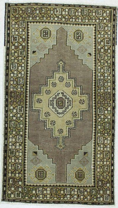 Multicolor Konya Rug #125 • 3′8″ x 6′6″ • 100% Wool