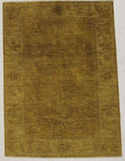 Gold Ushak Rug #8379 • 5′6″ x 7′7″ • Wool on Cotton