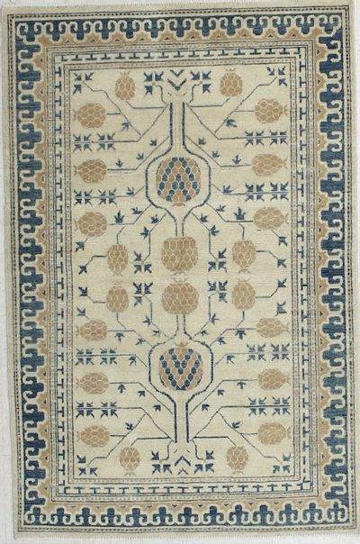Ivory Kothan Rug #6550 • 3′11″ x 5′11″ • Wool on Cotton