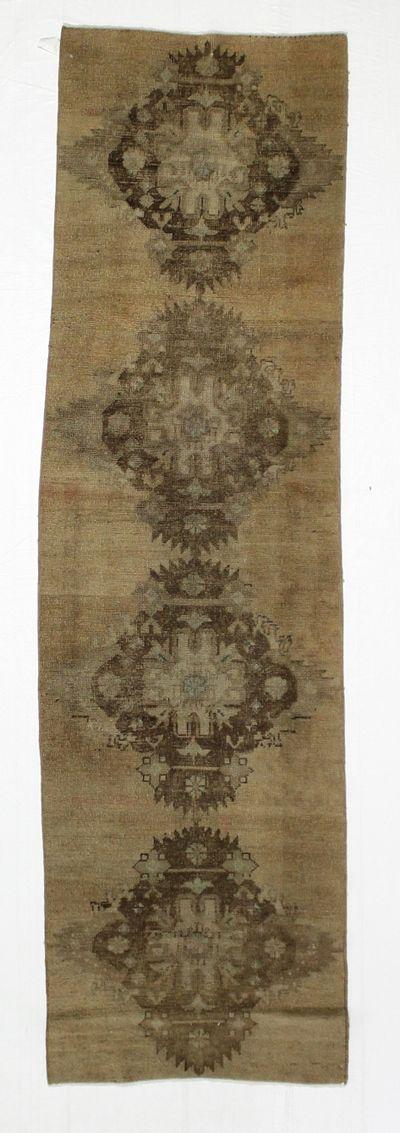 Ivory Konya Rug #20 • 2′8″ x 9′3″ • 100% Wool