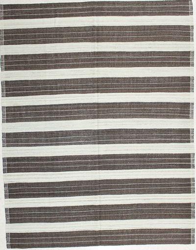 Ivory Modern Rug #2009 • 6′9″ x 10′0″ • 100% Wool