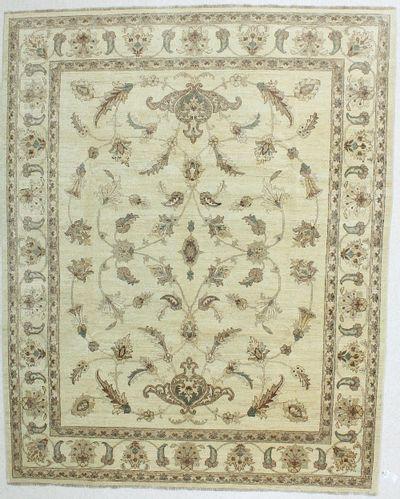 Ivory Ushak Rug #224 • 8′0″ x 9′11″ • Wool on Cotton