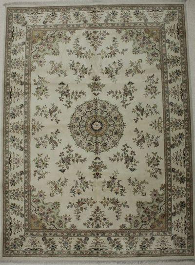 Ivory Royal Rug #8665 • 8′11″ x 12′0″ • Wool on Silk