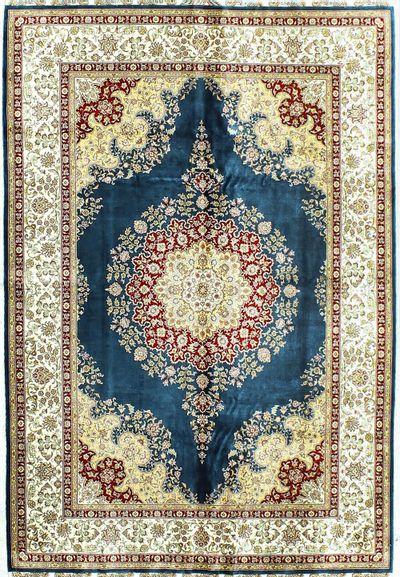 LT BLUE Cezaevi Rug #335 • 5′6″ x 8′2″ • 100% Silk