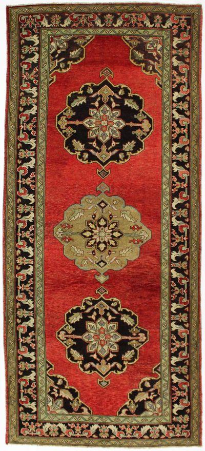 Red Konya Rug #988 • 5′0″ x 11′3″ • 100% Wool