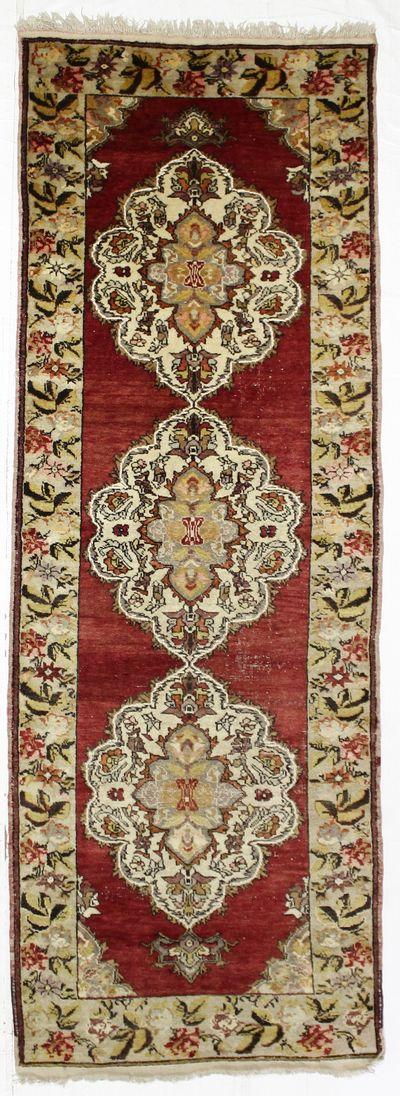 Red Konya Rug #8349 • 4′0″ x 11′3″ • 100% Wool