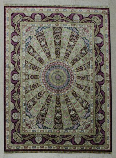 Ivory Cezaevi Rug #7835 • 5′0″ x 7′0″ • 100% Silk