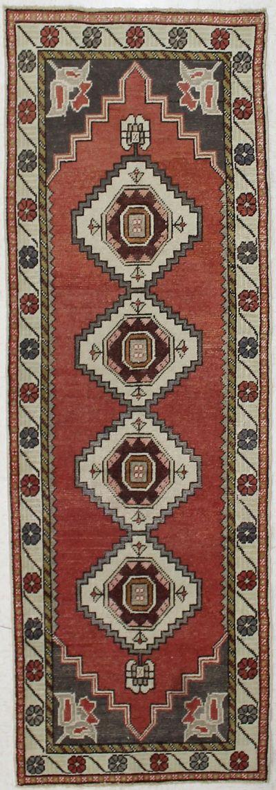 Red Konya Rug #2546 • 3′0″ x 8′10″ • 100% Wool