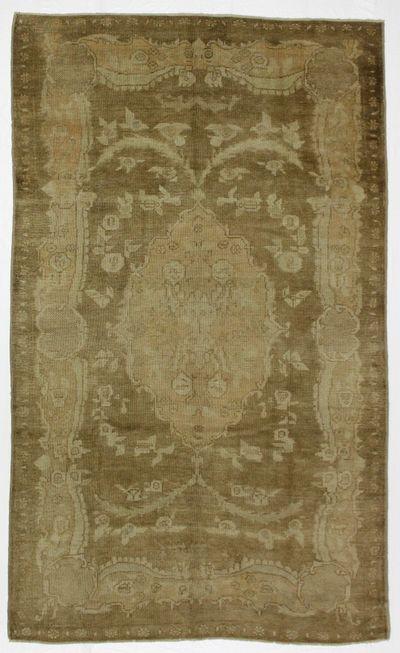 Ivory Konya Rug #2150 • 5′3″ x 8′8″ • 100% Wool
